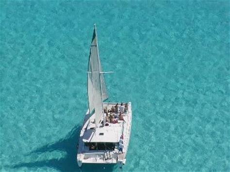paseo en catamaran en cancun deportes y actividades acu 225 ticas en canc 250 n tours pesca