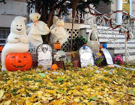 halloween decorations for the home 125 cool outdoor halloween decorating ideas digsdigs