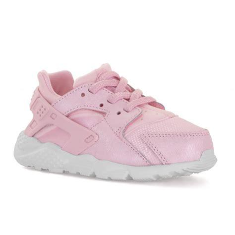 pink pattern huaraches nike infants huarache run se trainers pink white kids