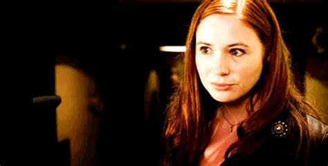 karen gillan mum she can kill with a smile she can wound with her eyes
