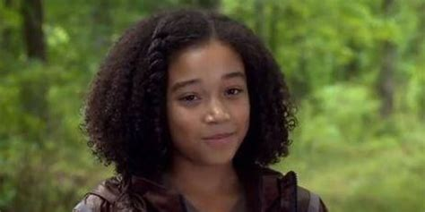 actress from hunger games hunger games actress amandla stenberg looks