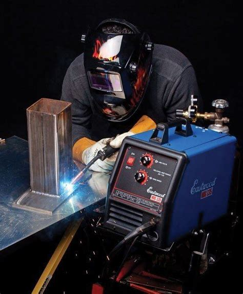 Description For Welder by How Much Do Welders Make Careers Wiki