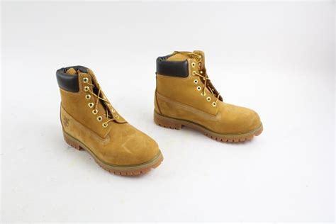 mens size 9 boots timberland mens boots size 9 5 property room