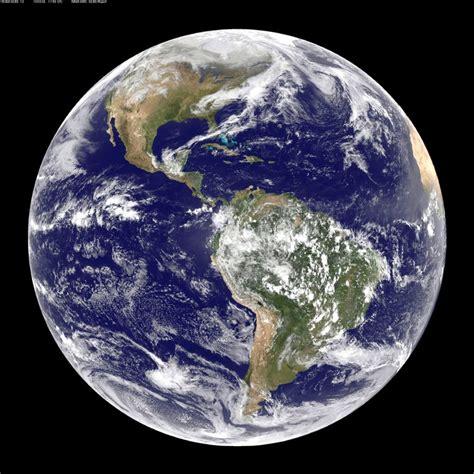 imagenes insolitas de la tierra meteorolog 237 a pr 225 ctica foto color de la tierra viernes 26