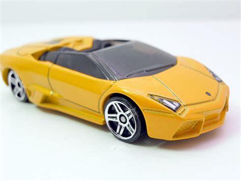 Hotwheels Premium Lamborghini Reventon Rodster wheels lamborghini reventon roadster yellow 2 flickr photo