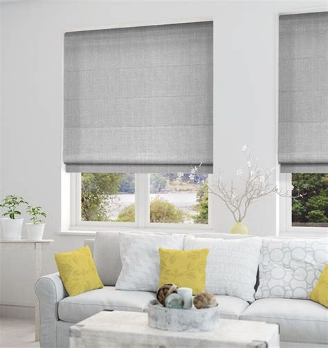 white bedroom blinds 1000 ideas about blackout blinds on pinterest curtains