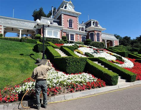 Jacksons Home Garden by The Gardens At Neverland Michael Jackson S Neverland