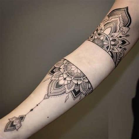 mandala colorati tattoo 31 marvelous mandala tattoo photos golfian com