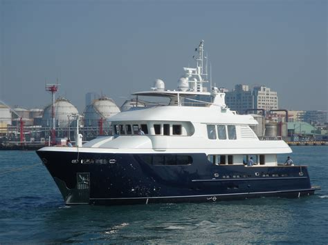 yacht jade layout jade 91 180 motor yacht smiling t yacht charter
