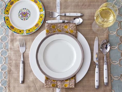 Setting Table by Beautiful Table Settings For Any Entertaining