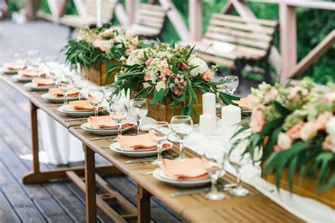 rustic wedding table settings the best personal touches for a rustic wedding mnn