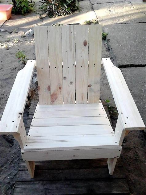 adirondack chairs made out of pallets adirondack chair made out of pallets 101 pallet ideas