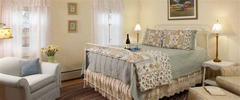 burlington vermont bed and breakfast burlington vt bed and breakfast ideal location sinful
