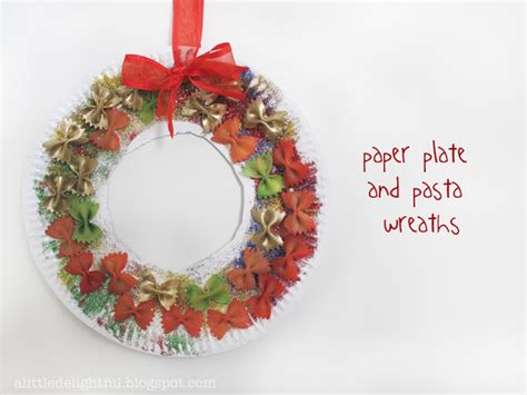 Paper Plate Wreath Crafts - 10 wreath crafts for