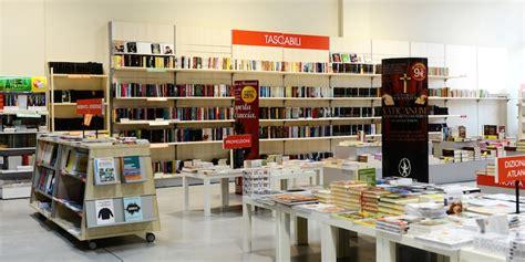 libreria bari libreria mondadori bari zonzofox