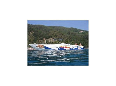 cigarette boat italy cigarette 38 top gun in lombardy speedboats used 50554