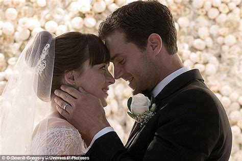 fifty shades freed tie in book three of the fifty shades trilogy fifty shades of grey series books ora and liam payne record fifty shades freed duet