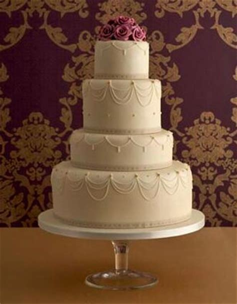 Show Me Some Wedding Cakes by Brides Helping Brides Show Me Some Cakes Liweddings