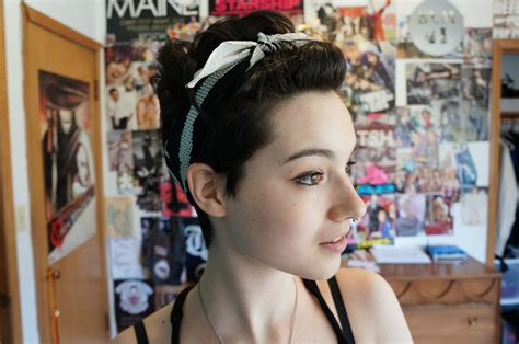 how to pin a fringe back pixie cut styling a pixie cut pin up hair youtube