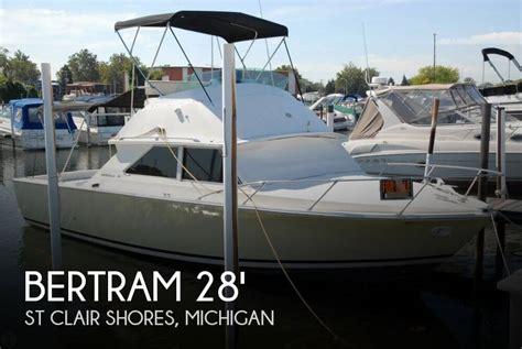 bertram 28 for sale sold bertram 28 flybridge cruiser boat in st clair shores