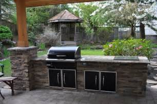 5 outdoor kitchen design tips from professional kitchen the benefits of prefabricated outdoor kitchen