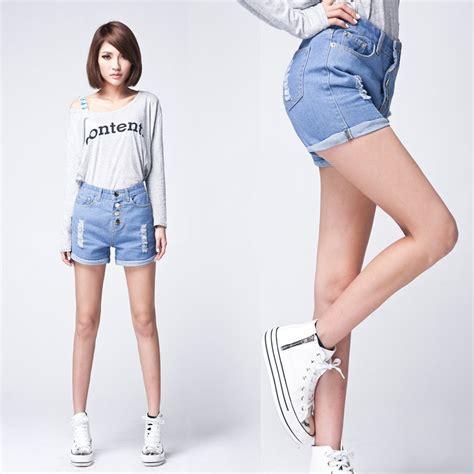 Best pants style for short heavy women