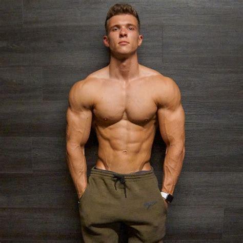 beauty  male muscle joe
