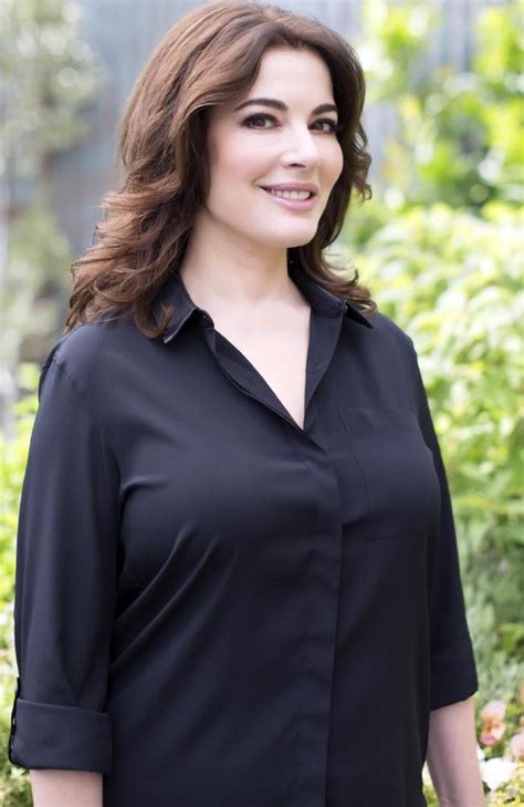nigella lawson nigella lawson stands up for the humble home cook