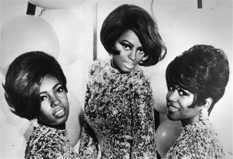 clothing and hair styles of the motown era nappturally chic jer 233 is natural hair a trend