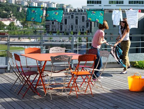 cargo hi tech tavoli scopri tavolo pieghevole cargo 128 x 128 cm carbone di