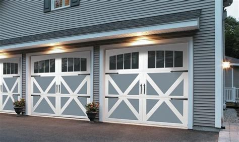 Garage Door Ideas 1000 Ideas About Carriage House Garage Doors On