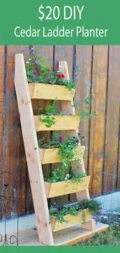 Vertical Garden Design Diy 17 Best Ideas About Vertical Planter On