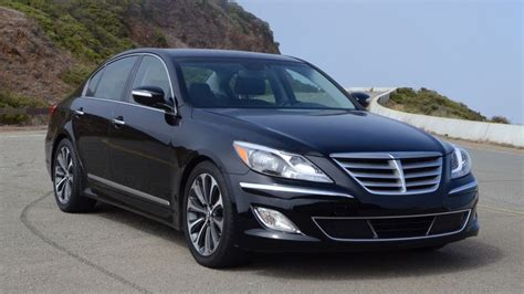 2012 hyundai genesis 5 0 r spec review roadshow