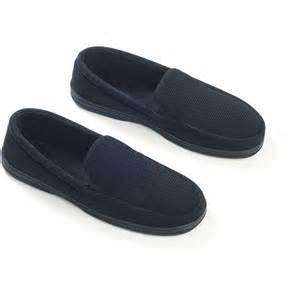 dearfoams bedroom slippers dearfoams men s cord moccasin slippers wide width