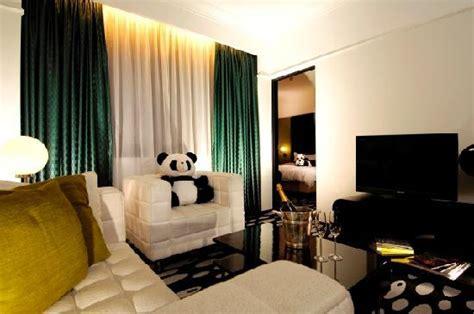theme hotel hong kong deluxe room picture of panda hotel hong kong tripadvisor