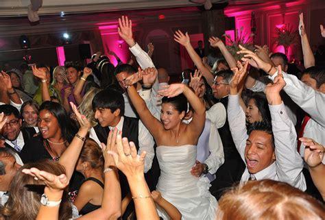 Big Hits Entertainment   Long Island Wedding Disc Jockeys