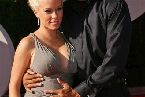 new wedding ring after infidelity kendra wilkinson hank baskett back together after