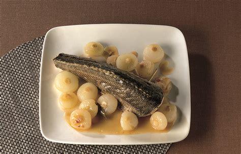 cucinare ombrina ricetta ombrina con cipolline in agrodolce le ricette de