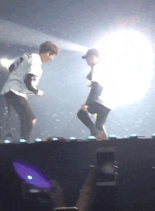 interesting ls photos of exo s crazy and fun concert make exo ls who