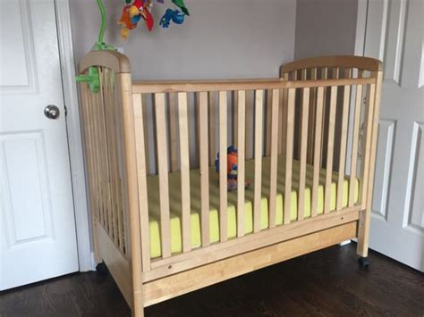 Oak Baby Crib With Drawer Baby Kids In Chicago Il Baby Cribs Chicago