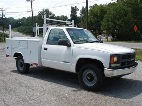 utility truck beds for sale find used good 5 7 v8 gas utility bed truck lots of value