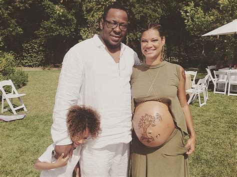 Bathtub For 6 Month Old Bobby Brown And Alicia Etheredge Brown Celebrate Baby