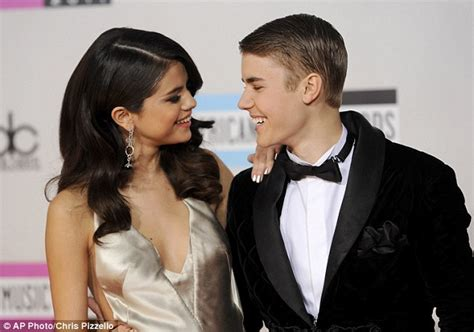 Justin Confirms Split by Why Did Selena Gomez And Justin Bieber Up Daily