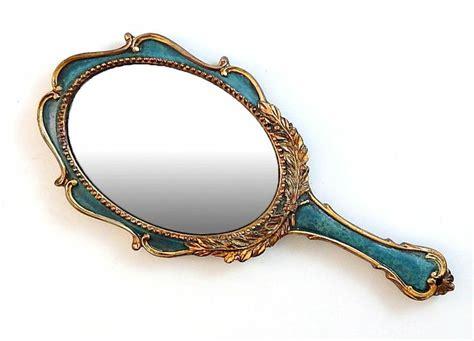 Held Vanity Mirrors by Oltre 1000 Idee Su Vintage Mirror Su