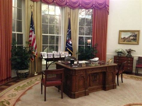reagan oval office oval office picture of ronald reagan presidential