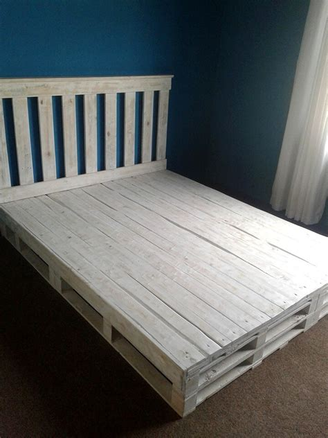 bed frame from pallets recycled pallet bed frame 101 pallets