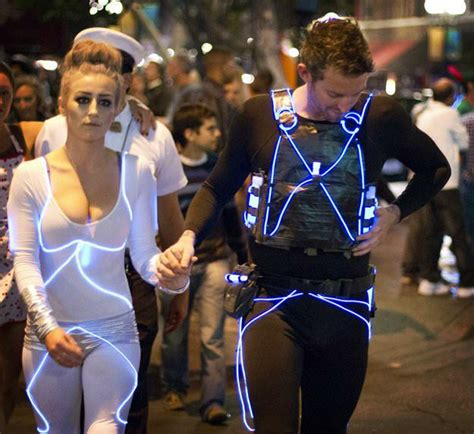 diy projects for couples 11 diy couples costumes diy projects