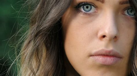 wallpaper vire girl vire girl with blue eyes view of beautiful girl with blue