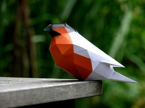 Papercraft Bird - diy low poly papercraft bird sculpture free printable