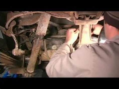 how to remove brake lines on a 1996 plymouth voyager how to replace steel brake lines installing a rear axle brake line youtube